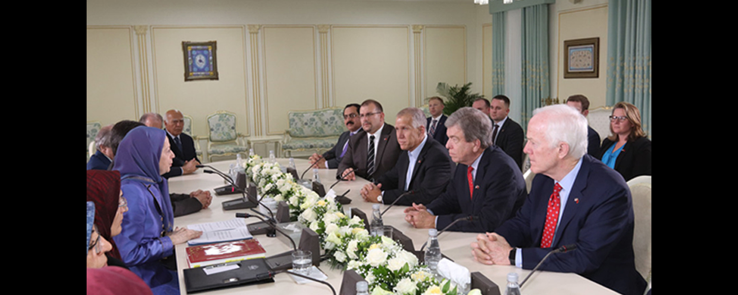 Senators-meet-Rajavi-in-Albania