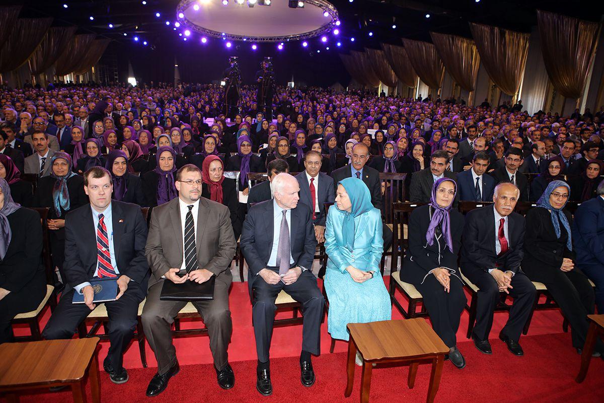12-Maryam-Rajavi-and-Senator-McCain-meet-15-April-2017-1_fa0f024de65653c06cdbc71b904ce8ee